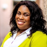 featured_author_angie_thomas__square